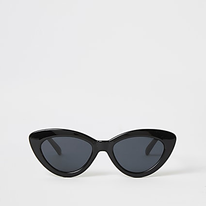 Black narrow cateye sunglasses