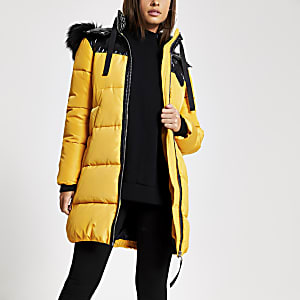 Gelbe, gefütterte Longline-Jacke mit Kunstfellkapuze