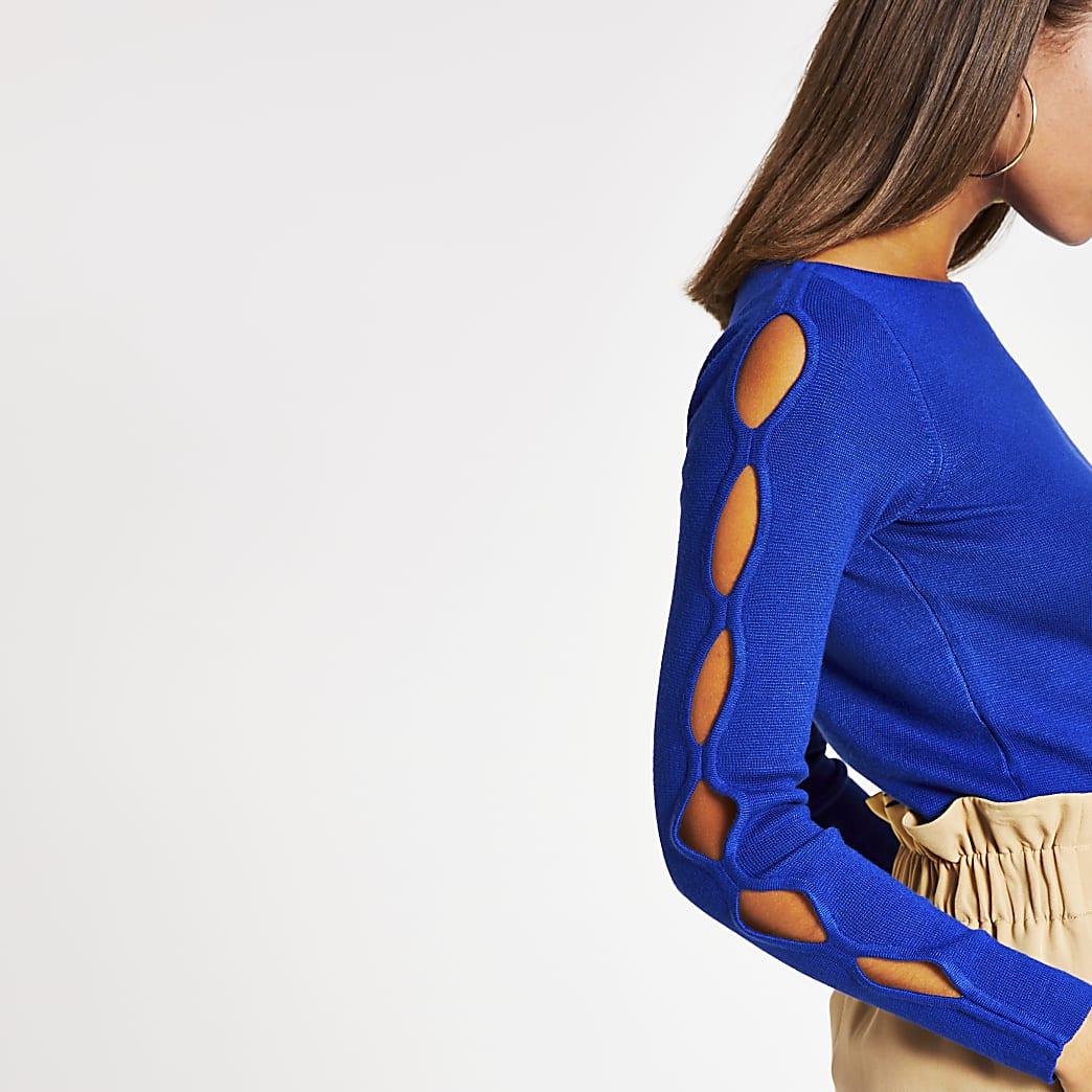 Top en maille bleu avec manches longuesà découpes