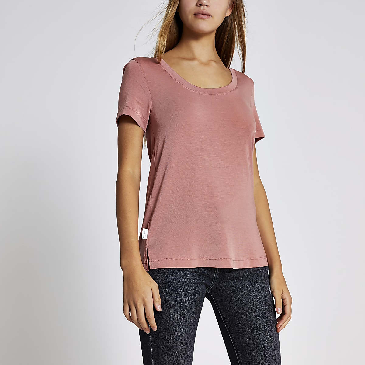 Roze premium jersey T-shirt met lage hals
