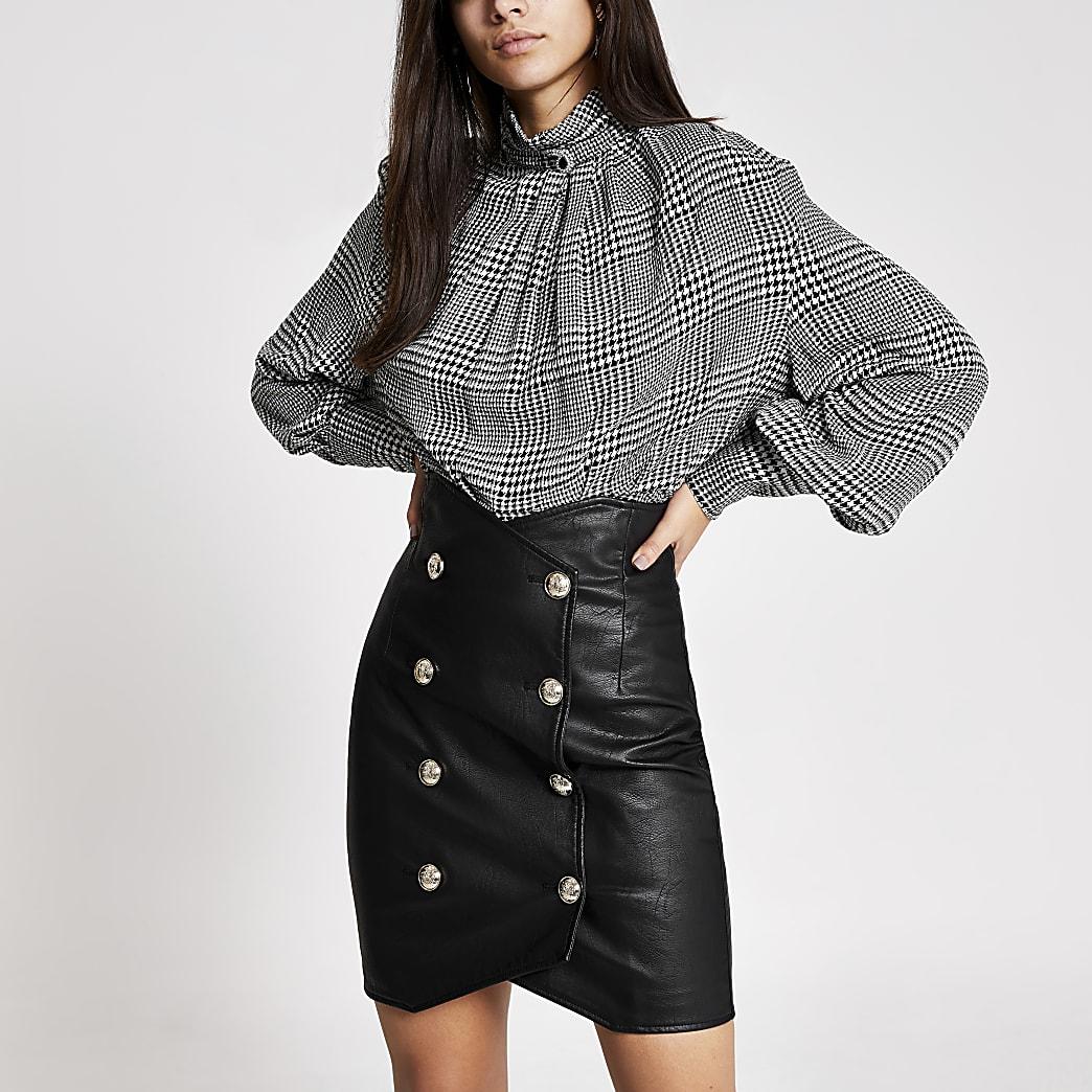 Black faux leather high waist mini skirt