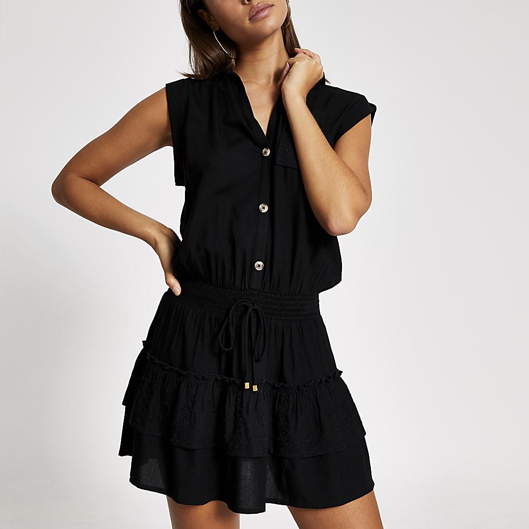 Mini robe-chemise de plage noire avec volants et broderie anglaise