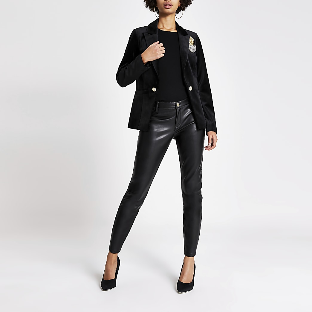 Black velvet badge embellished blazer
