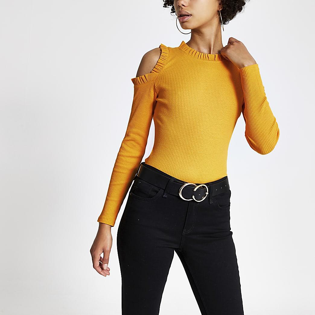 Top jaune côtelé à épaules dénudées et volants