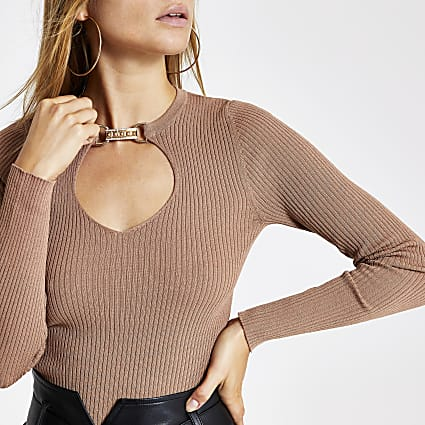 Brown embellished clasp cut out knitted top