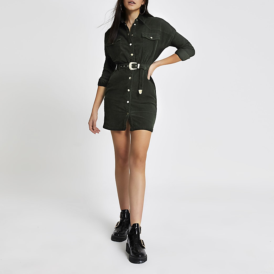 Dunkelgrünes Blusenkleid aus Cord mit Gürtel