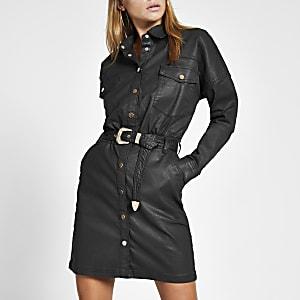 Beschichtetes Mini-Blusenkleid in Schwarz mit Gürtel