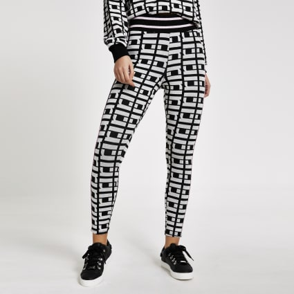 Black RI monogram leggings