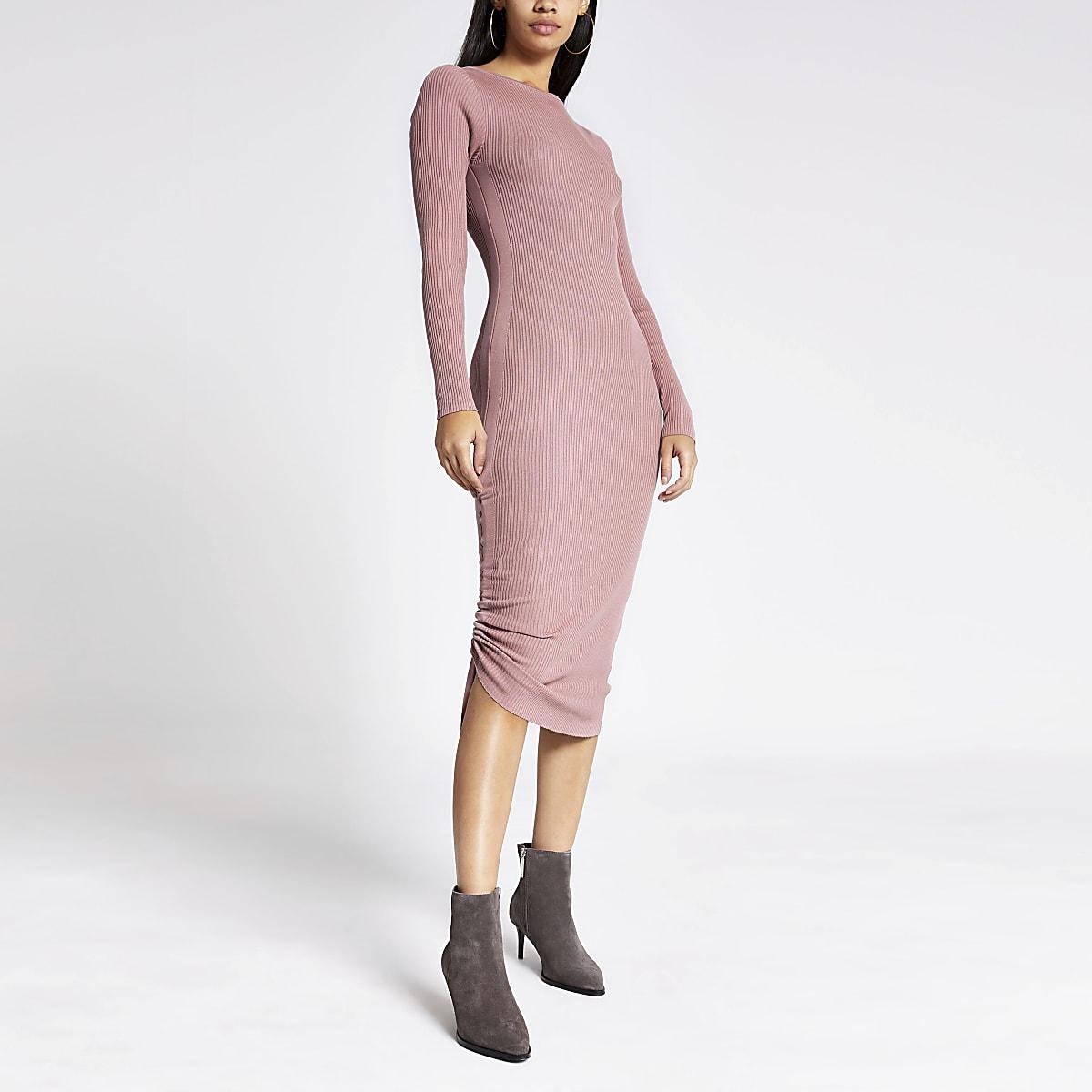 Dark pink ribbed ruched side dress