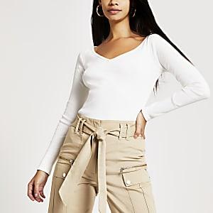 T-shirt blanc à col en V côtelé et manches longues