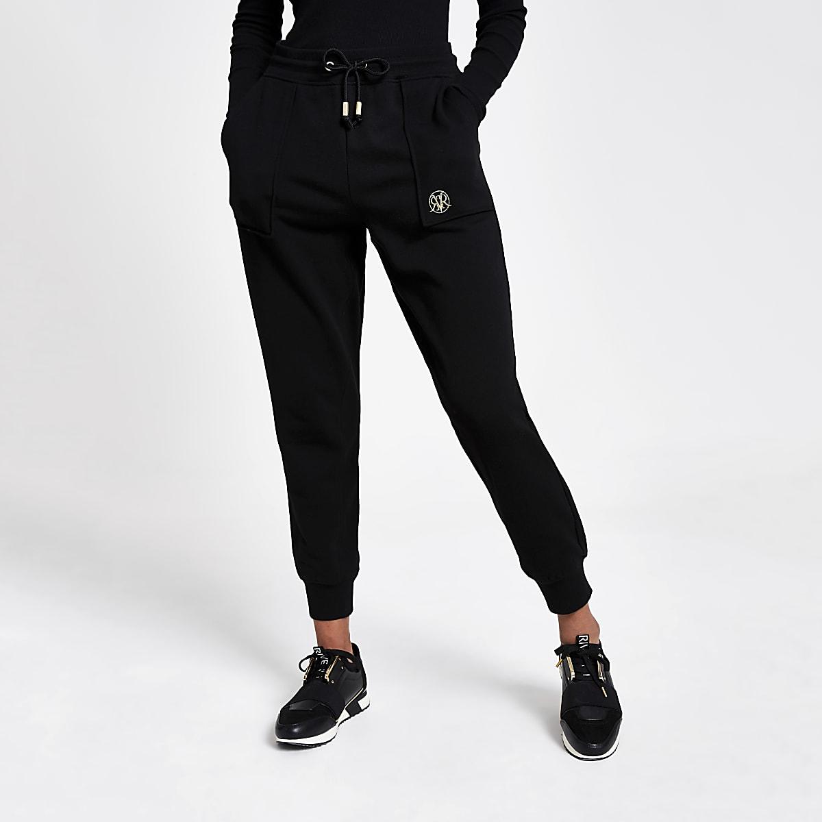 Zwarte joggingbroek met RVR borduursel