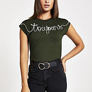 Kaki T-shirt met Toujours-borduursel
