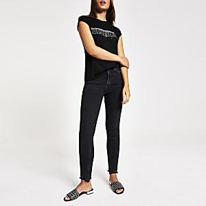 T-shirt noir à volants et inscription «Couture» à strass