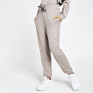 Beige Pyjamahose aus Satin mit Binedgürtel im Loose Fit