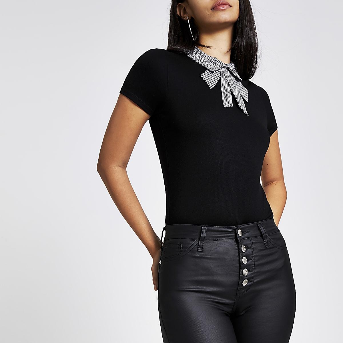 Black houndstooth embellished collar tee