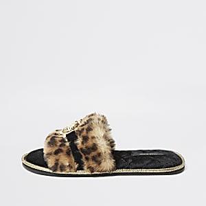Bruine muil pantoffels van imitatiebont met luipaardprint