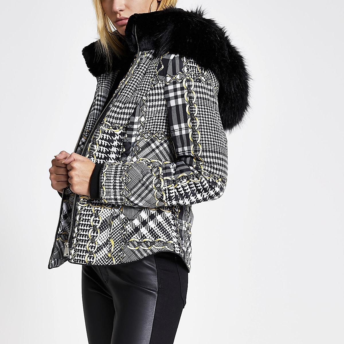 Zwarte aansluitende jas met kraag van imitatiebont en print