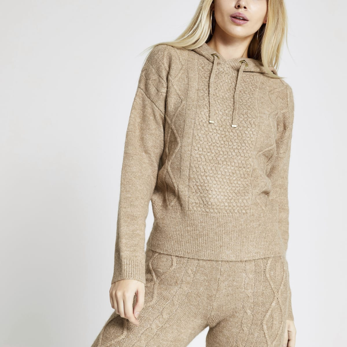 Beige cable knitted hoodie