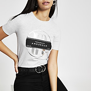 Graues, figurbetontes T-Shirt mit Folienprint