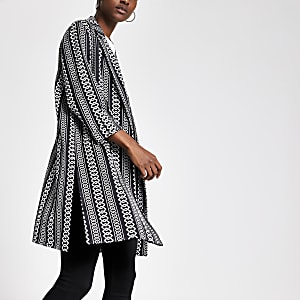 Black chain print long duster