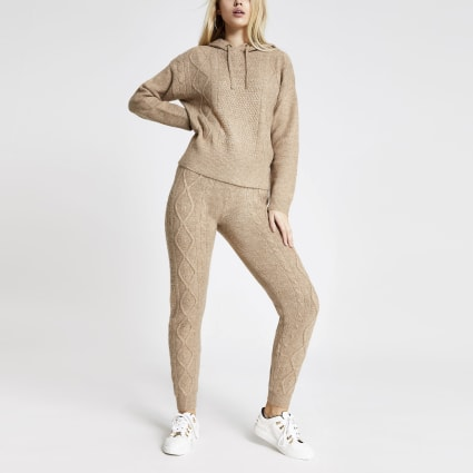 Beige cable knitted joggers