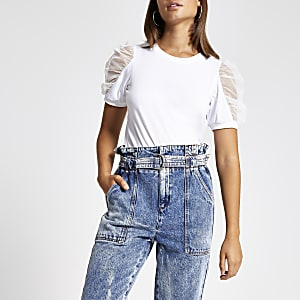 Wit T-shirt met korte pofmouwen en mesh