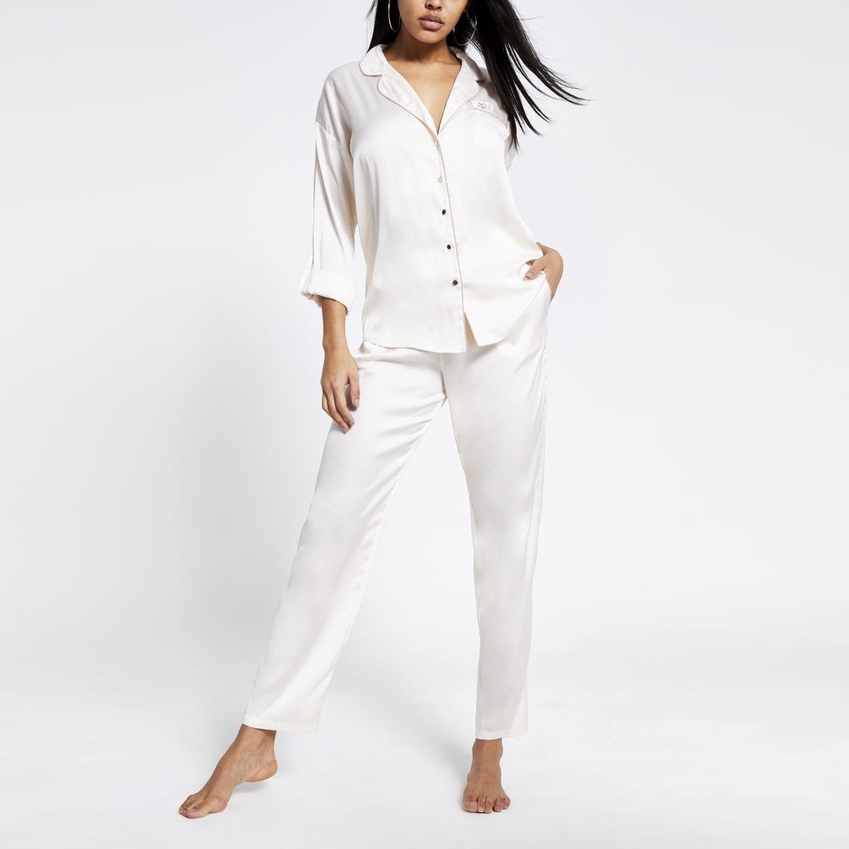 Crème satijnen pyjama broek met ruime pasvorm