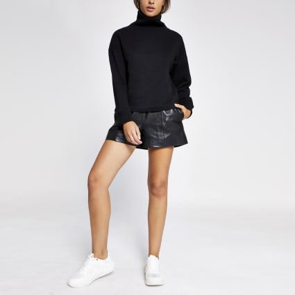 Black ribbed high neck sweatshirt