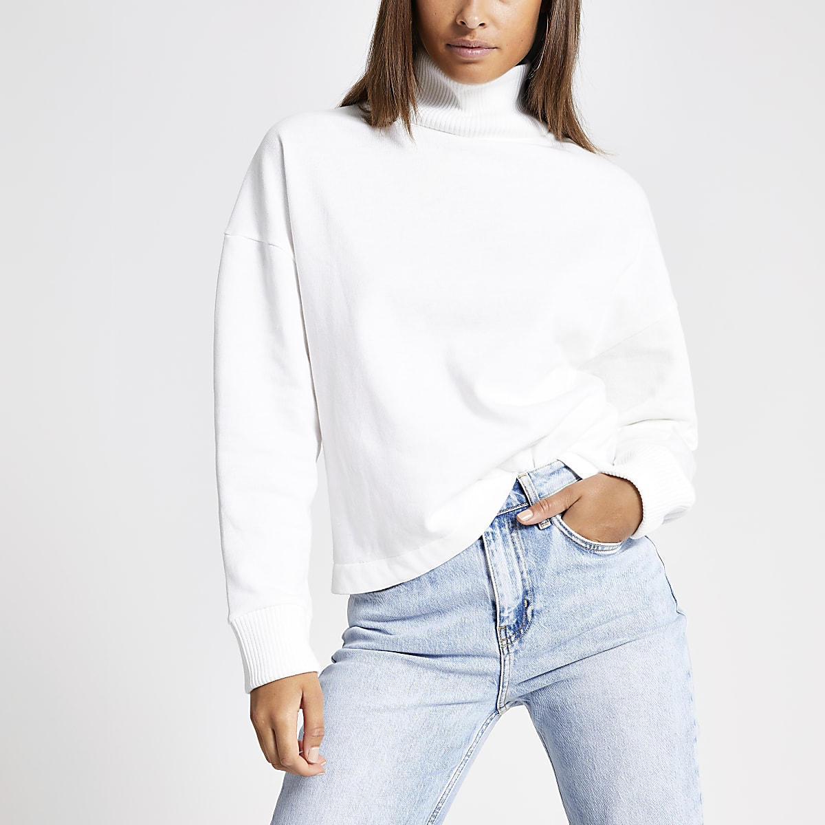 White rib high neck sweatshirt
