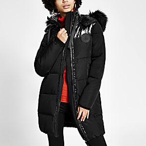 Schwarze, gesteppte Daunenjacke mit Colour-Block