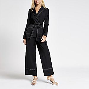 Black contrast stitch belted utility blazer