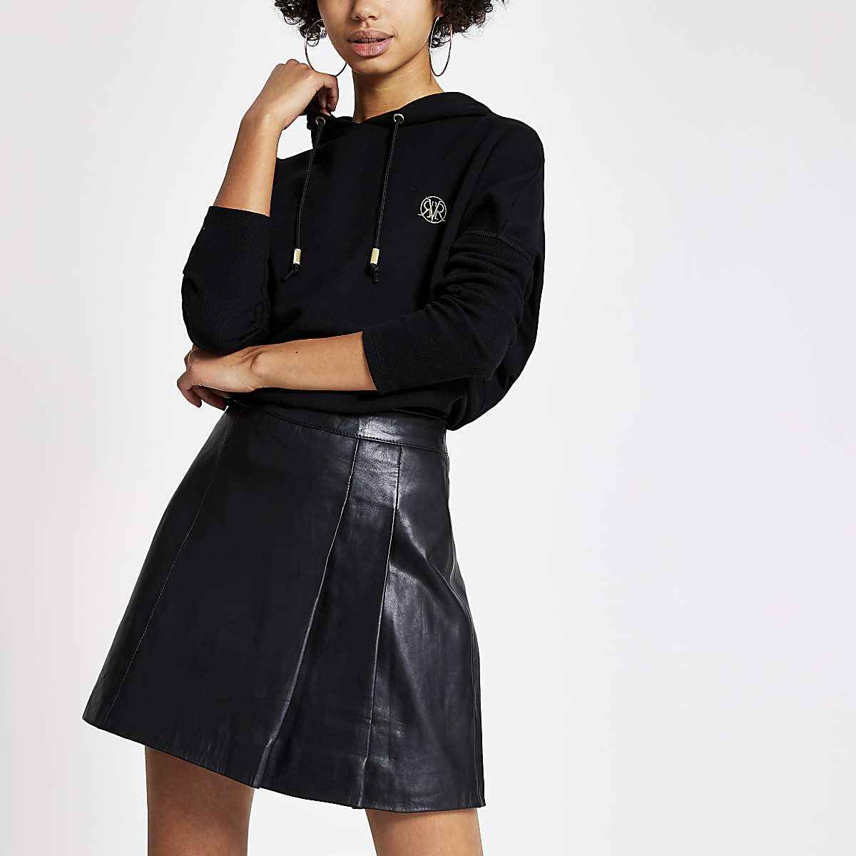 Black leather pleated kilt mini skirt