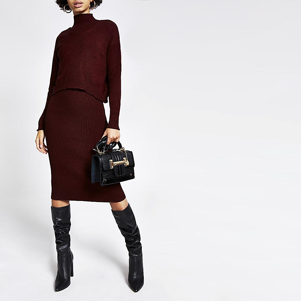 Donkerrode gelaagde jurk