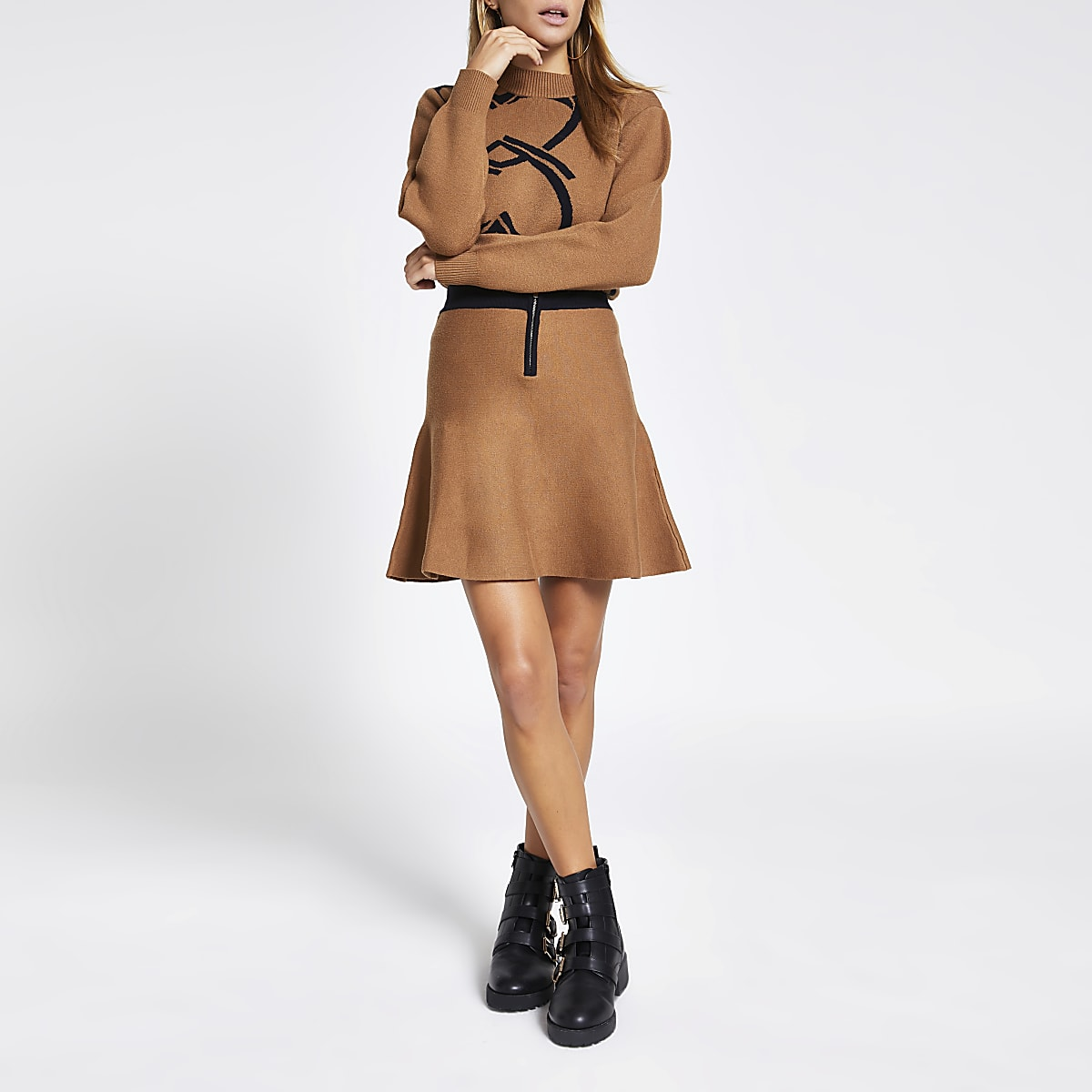 Brown half zip knitted mini skirt