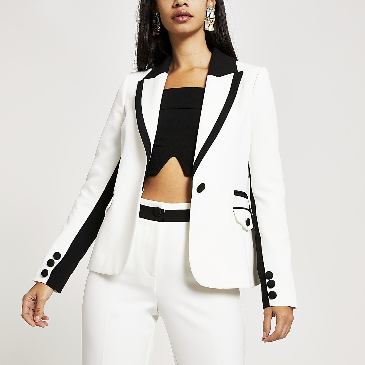 White colour blocked single button blazer