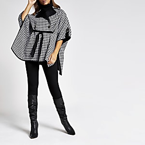 Schwarze Cape-Jacke mit Gürtel