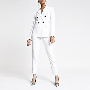 White double-breasted boyfriend blazer