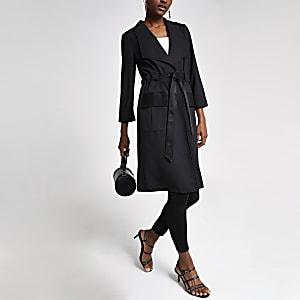 Veste longue noire fonctionnelle nouée à la taille