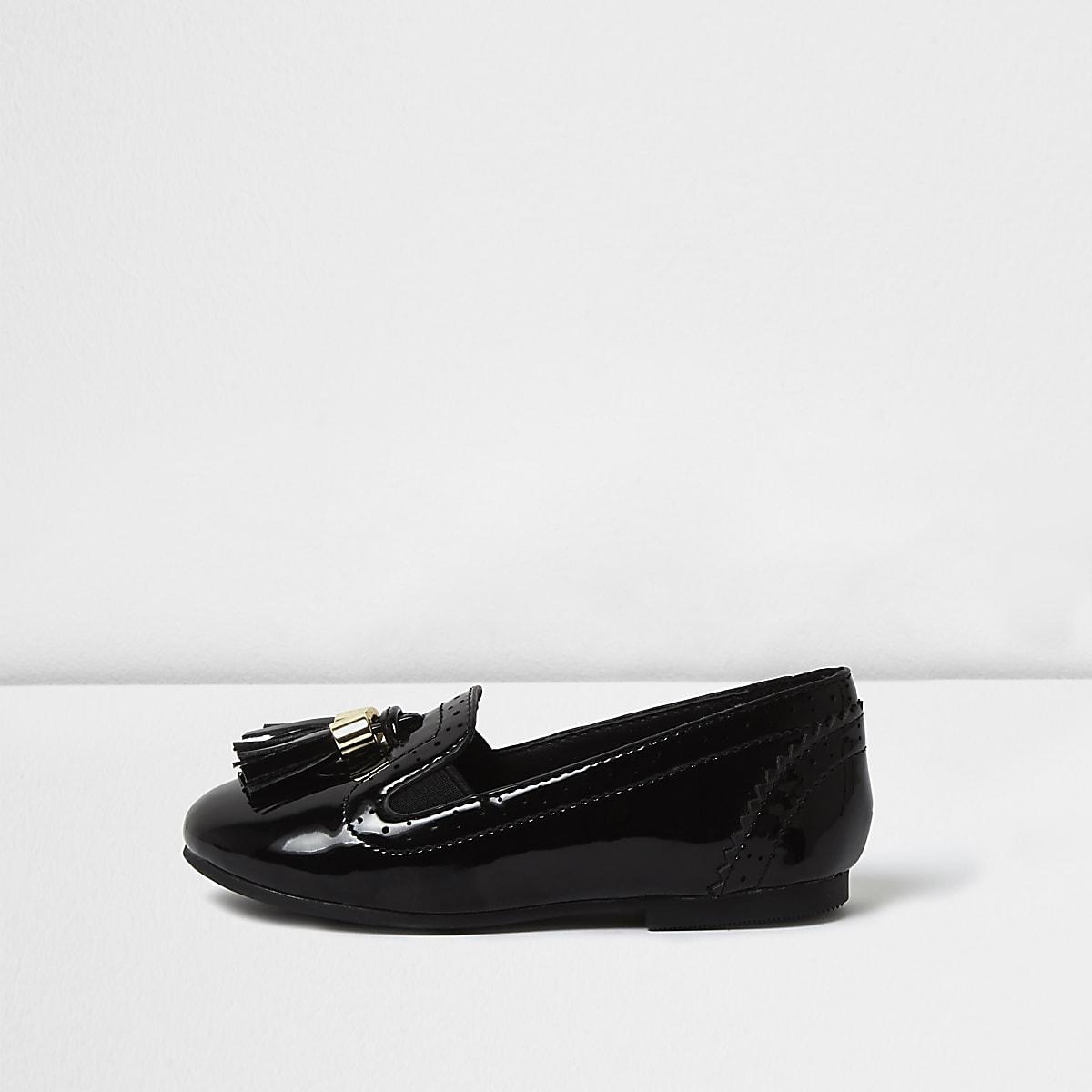 Schwarze Lack-Loafer im Brogue-Stil mit Quaste