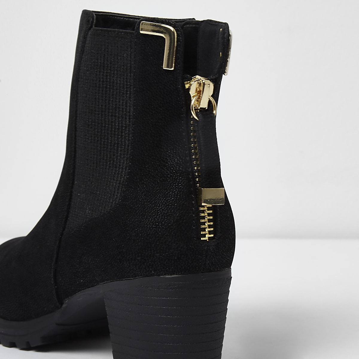 b6a2c8af9b7 Girls black zipped block heel chelsea boots