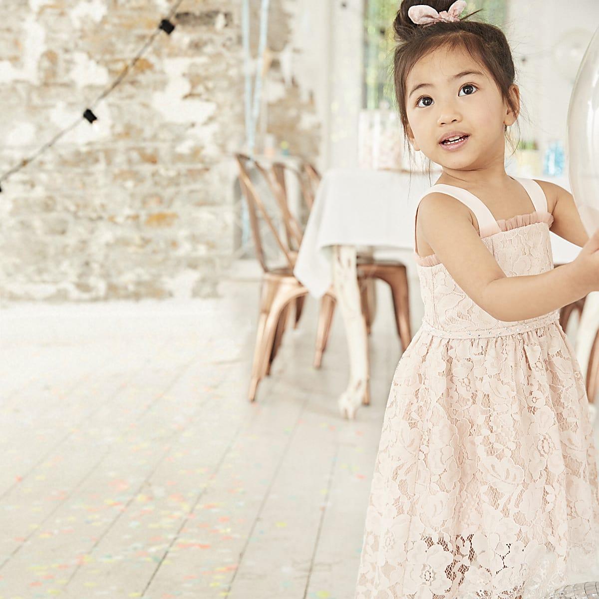 Mini - Roze kanten cami bruidsmeisjesjurk voor meisjes