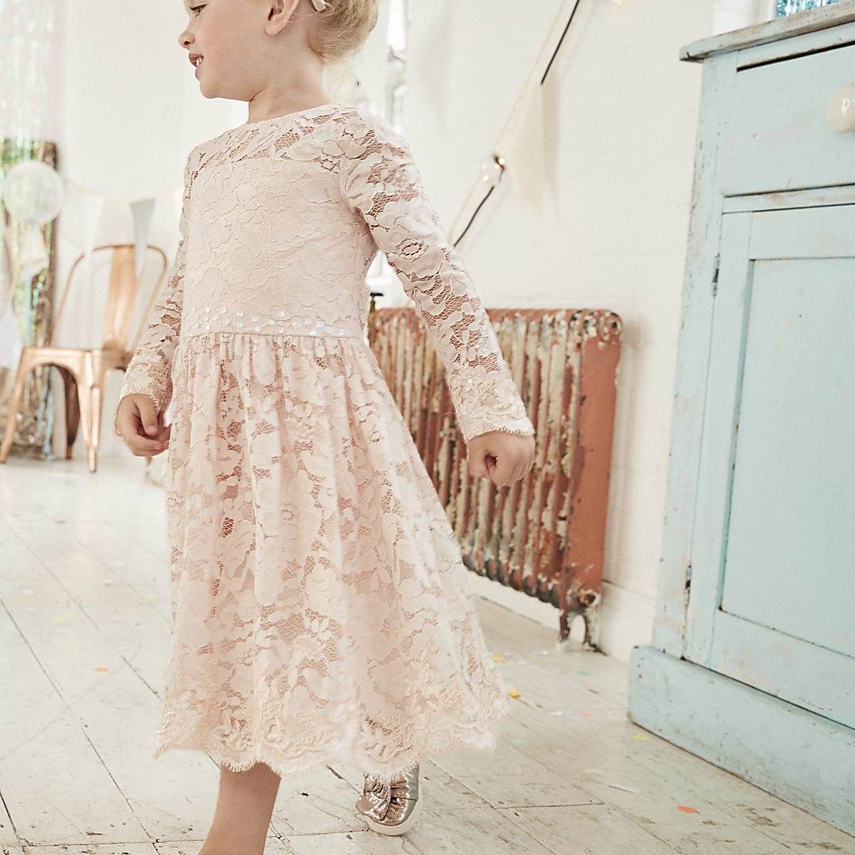 Mini girls pink floral lace flower girl dress