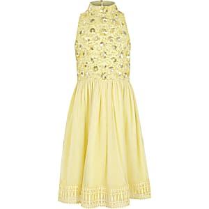 Gelbes Blumenmädchenkleid