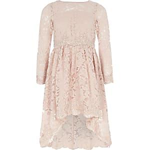 Robe de gala rose ornée de dentelle pour fille