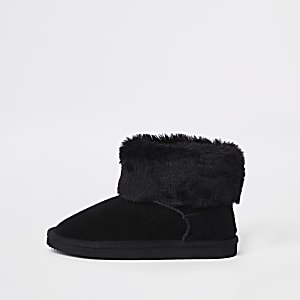 Girls black faux fur lined boots