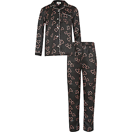 Girls black heart print pyjama set