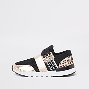 f6470853d71aa Girls gold leopard print runner trainers