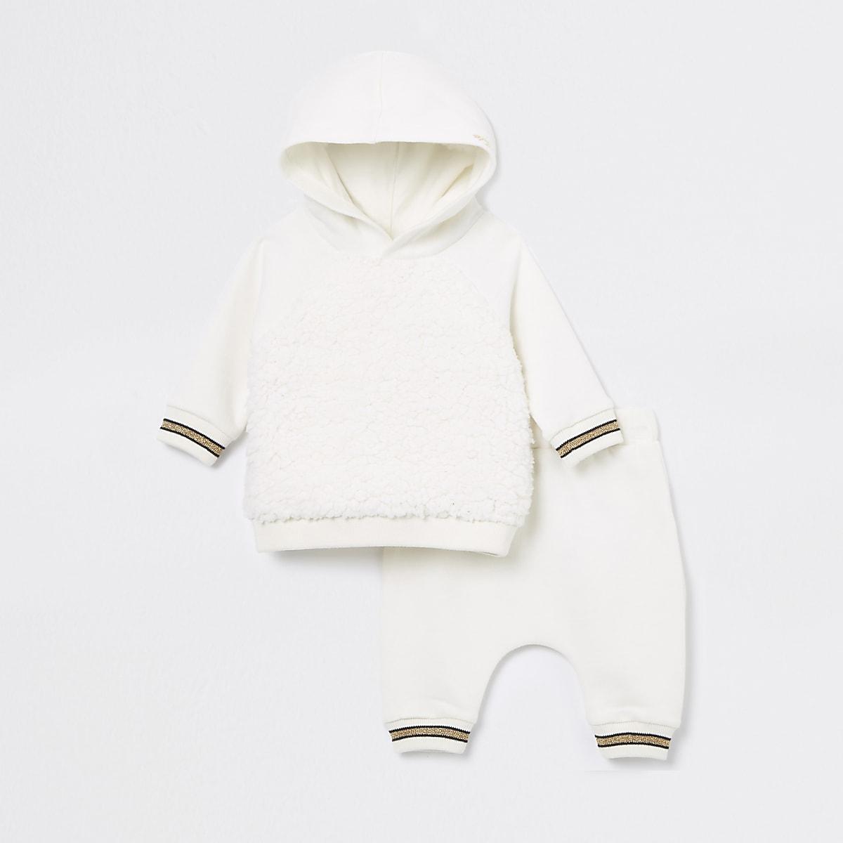 Crème joggingoutfit met engelenvleugelsprint voor baby's