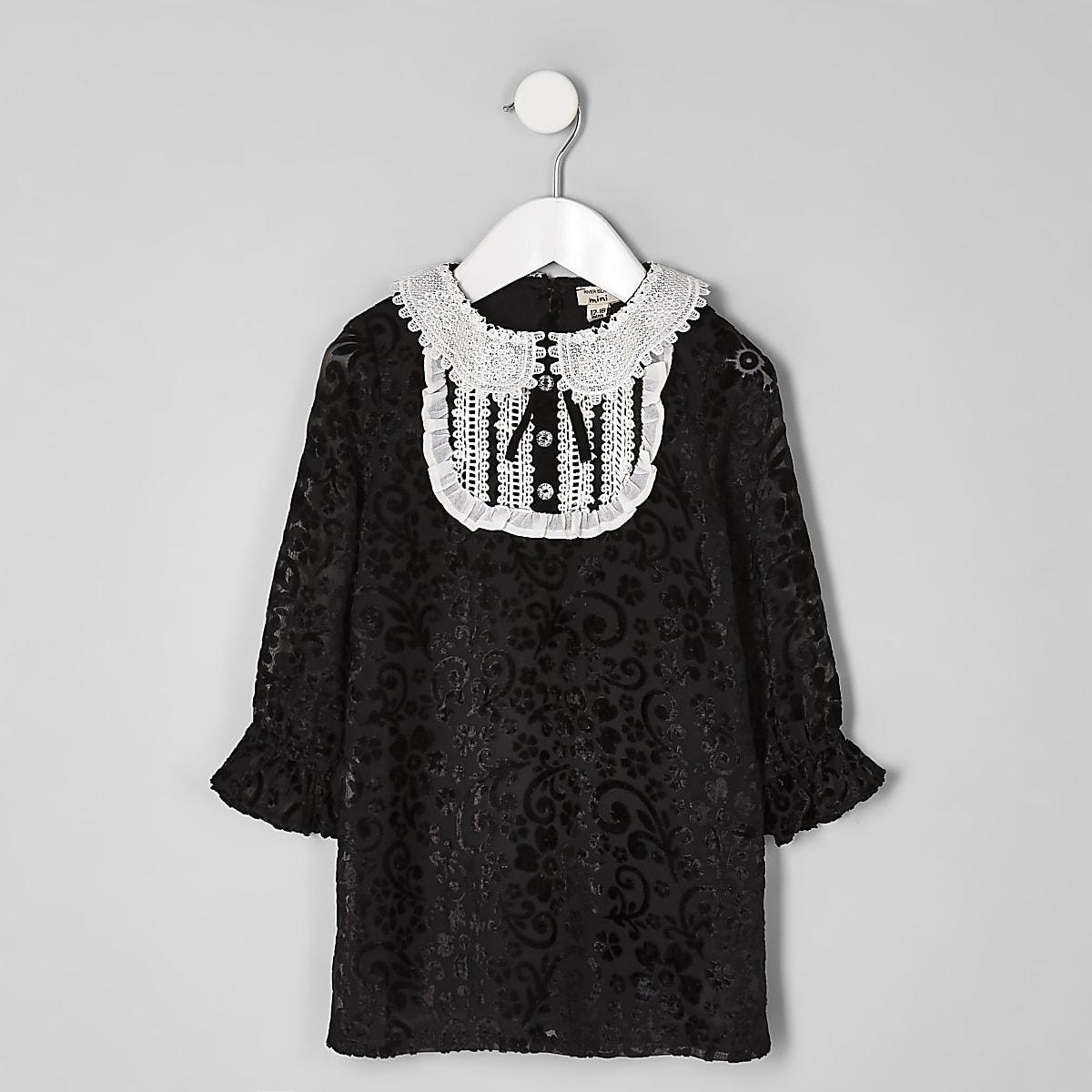 Mini girls black collar button shift dress