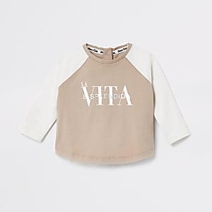 Crème T-shirt met raglanmouwen en 'La Vita'-print voor baby's